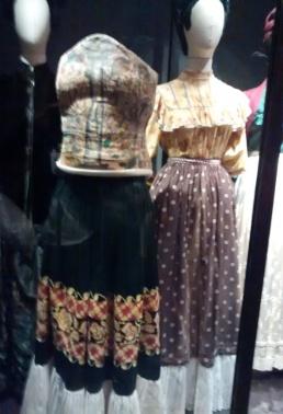 CLD2017-Museo-Frida_CasaAzul_Vestido2